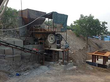 fairly used stone crushing machines protable plant