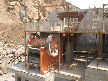 how does a vertical shaft impactor works stone crusher machine