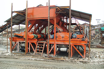 tue hydraulic moving roller crusher