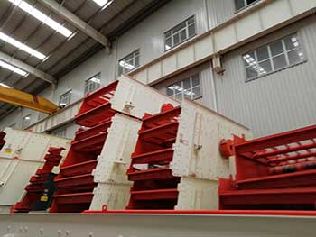 Ykn Vibrating Screen Price 300Tph Cobble Crushing Line In